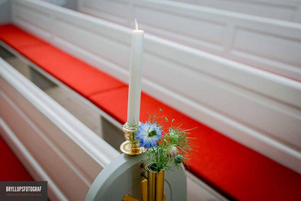 inde i Vedbæk Kirke