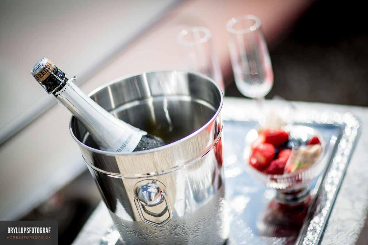 champagne bryllup hovborg kro
