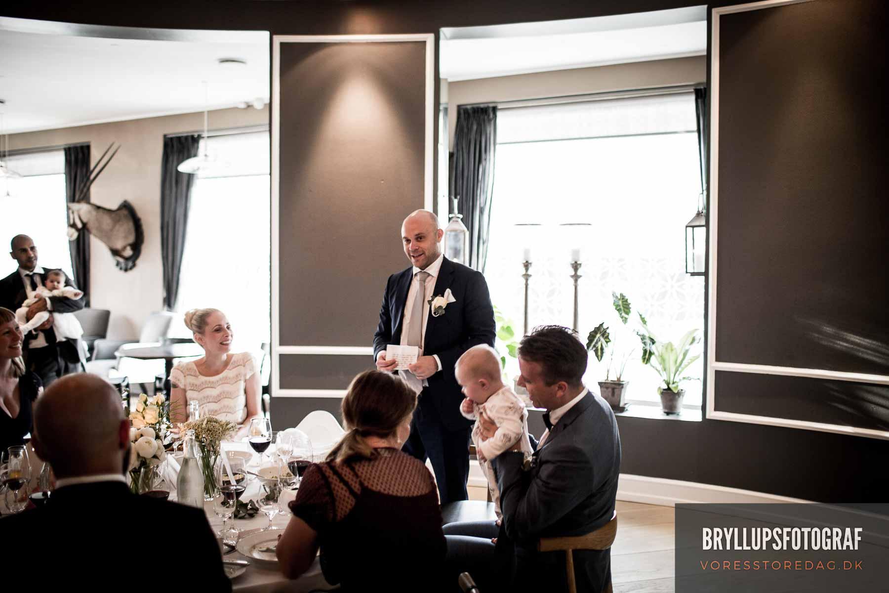 Bryllupskage på kagebord Nimb Terrasse Tivoli
