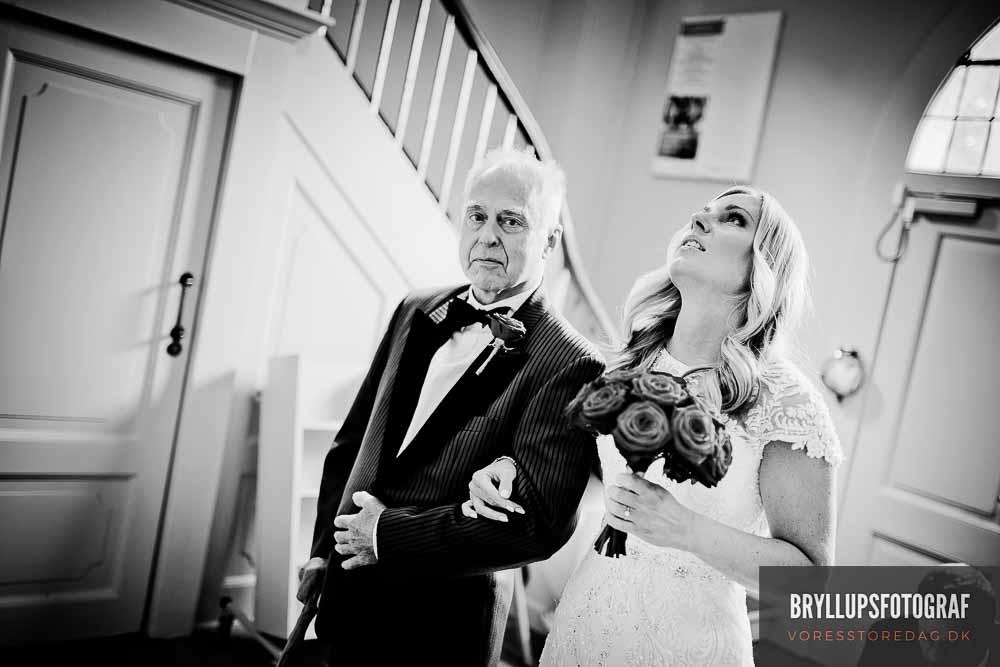 bruden i kirken