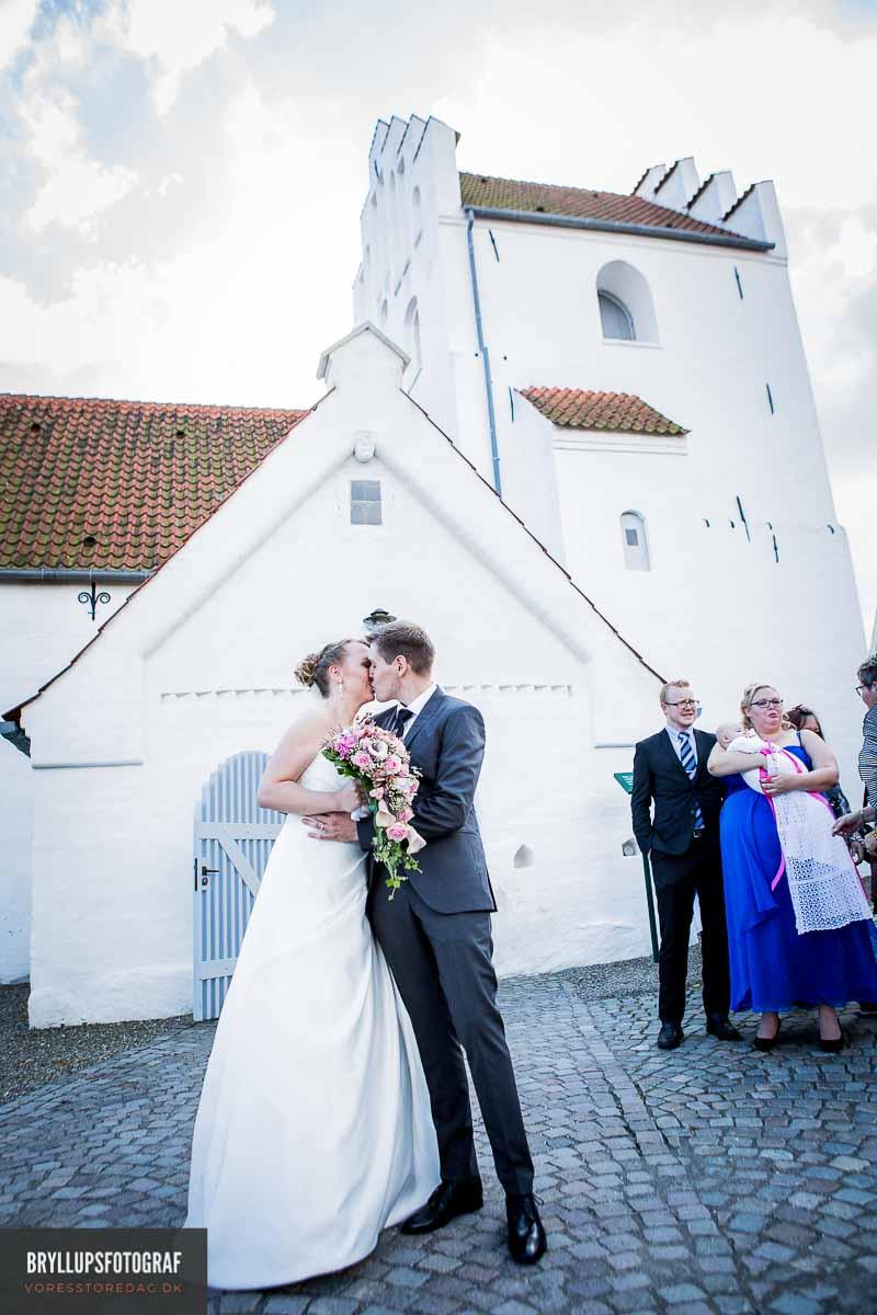 kys ved greve kirke bryllup