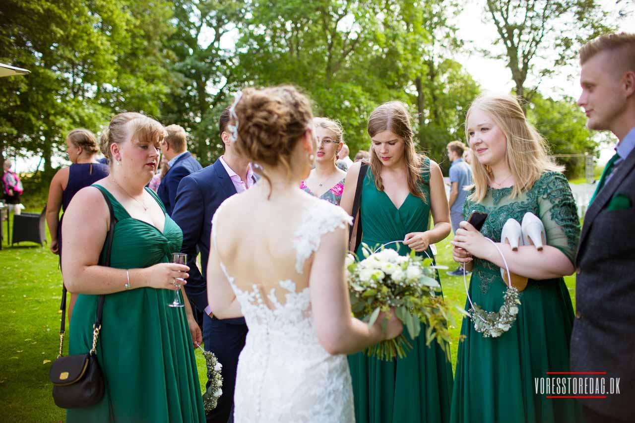 Bryllupsfotograf Hobro. Står brylluppet for døren?